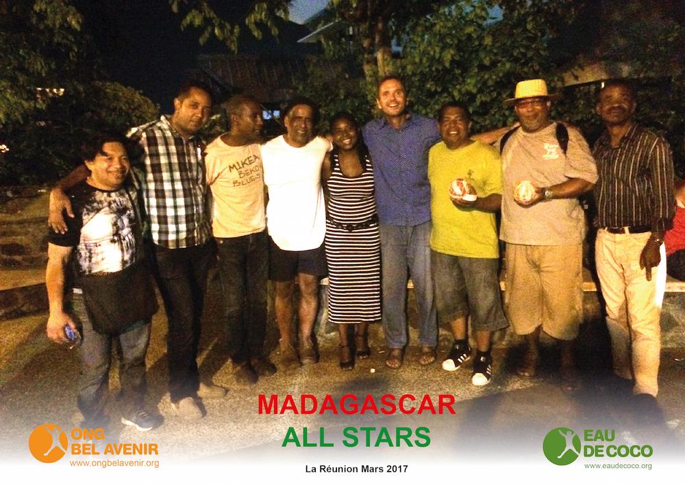 L'équipe d'Eau de Coco à Madagascar rencontre les Madagascar All Stars