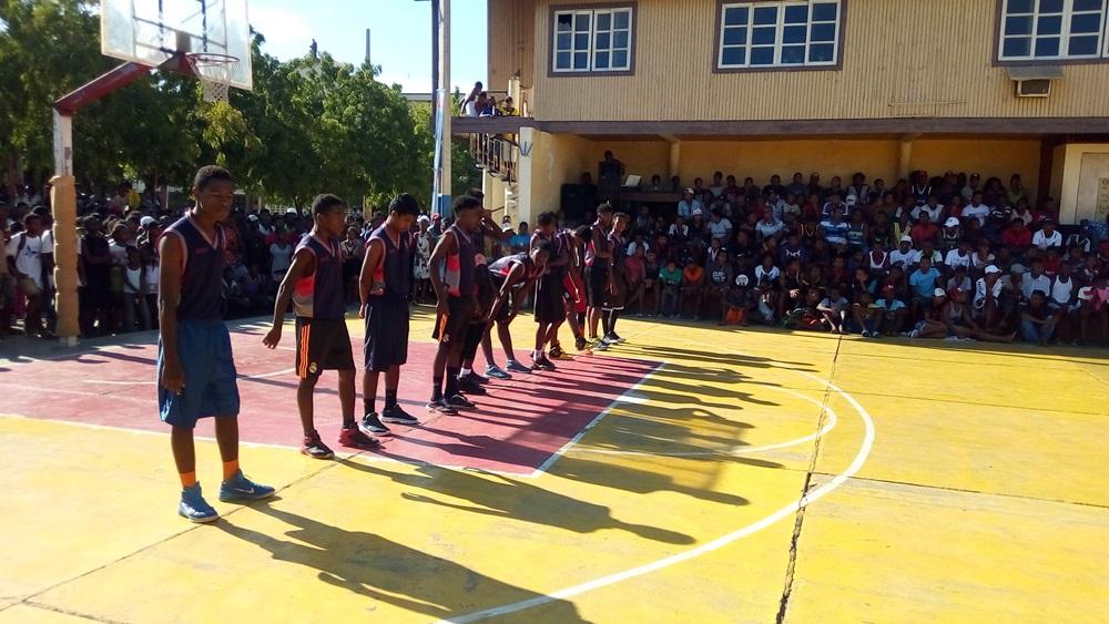 L'équipe de Sport de l'ONG Bel Avenir participe à un tournoi