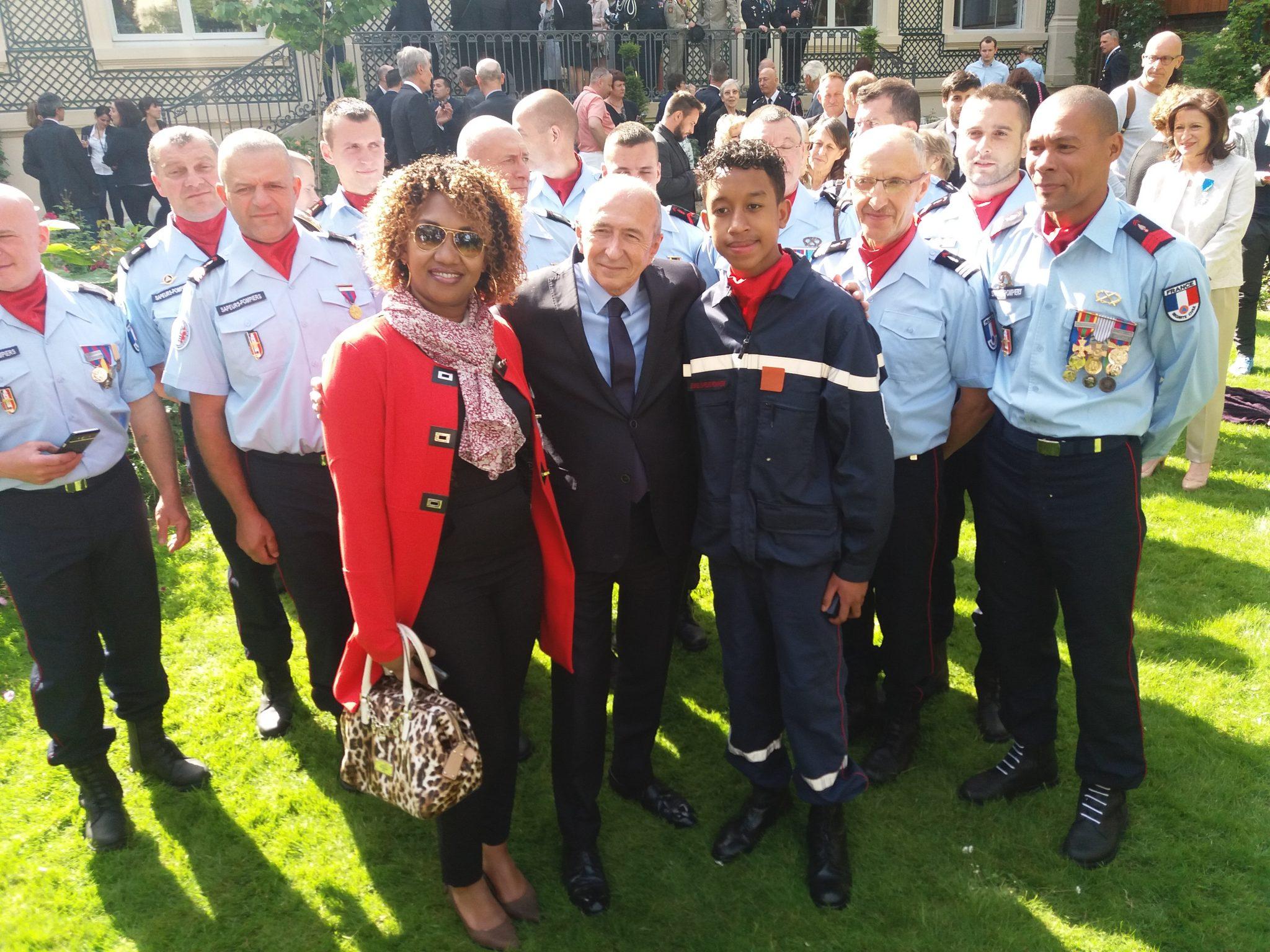 Un bénévole d'Eau de Coco récompensé par le ministre de l'Intérieur