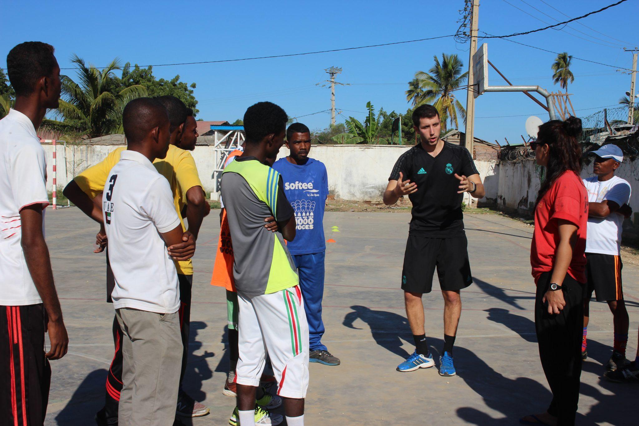 Nos moniteurs de sport bénéficient d'une formation internationale de la Fondation Real Madrid