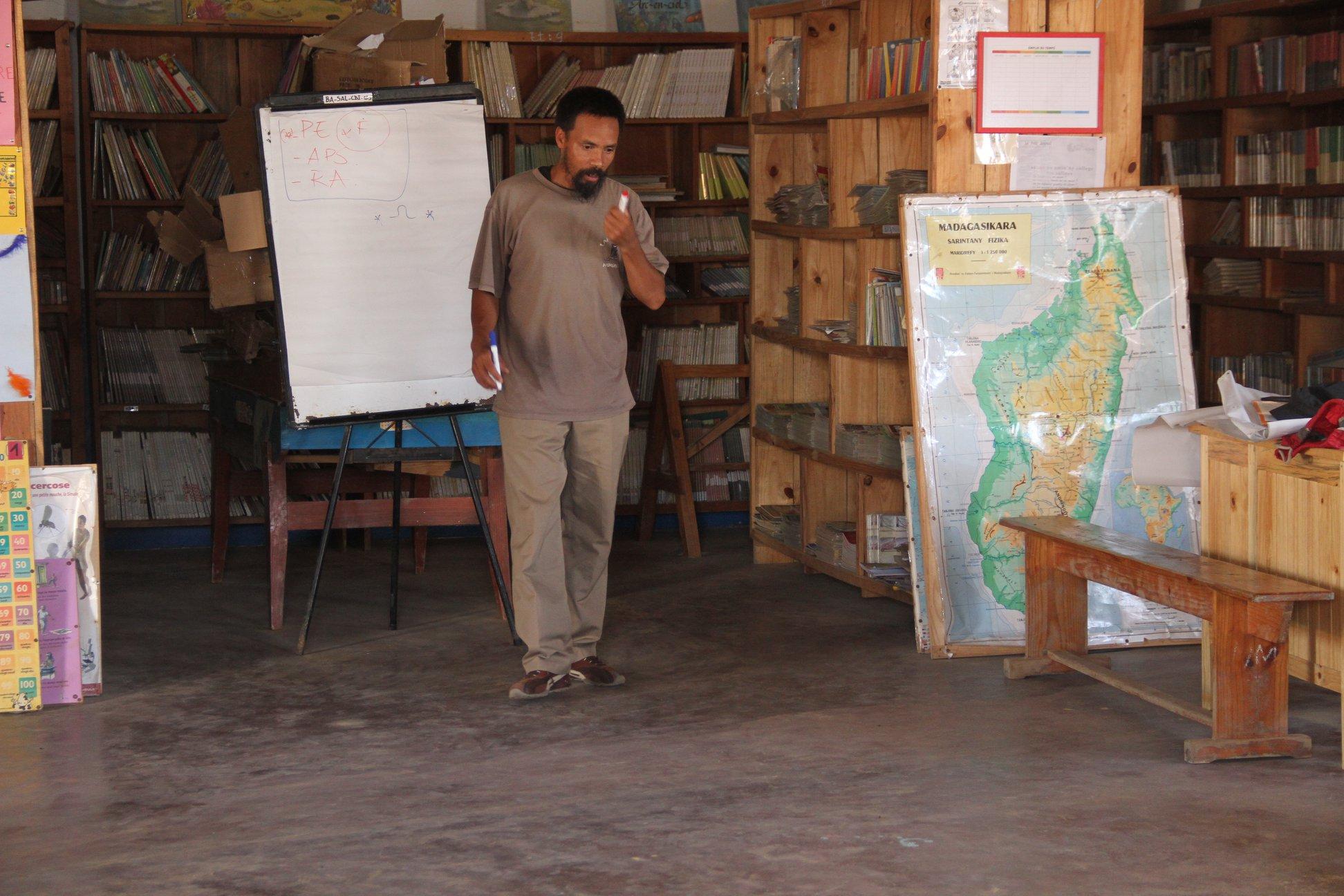 Améliorer la qualité de l'éducation à Ankalika